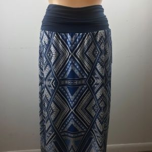 NWT Apt. 9 Maxi Skirt, Size M Blue/White Pattern
